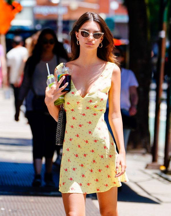 Emily Ratajkowski in Short Yellow Dress Out in New York 2019/06/23 1