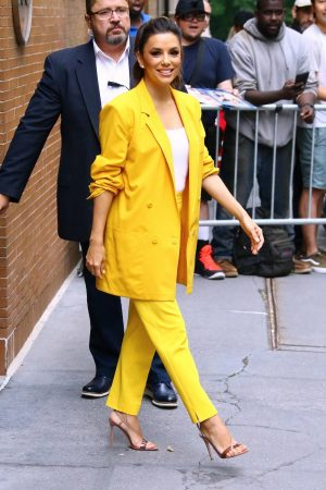 "Eva Longoria in Yellow Suit Outside ""View"" in New York City 2019/06/17 2"