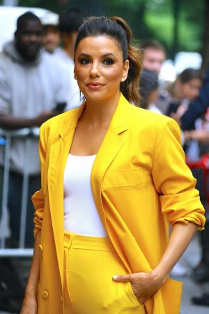 "Eva Longoria in Yellow Suit Outside ""View"" in New York City 2019/06/17 5"