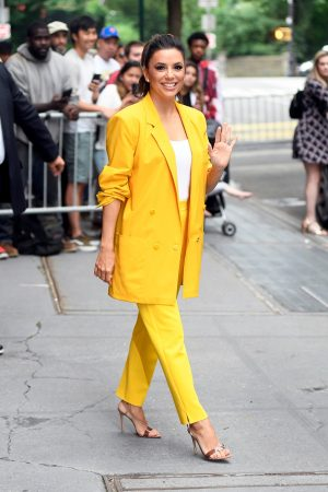 "Eva Longoria in Yellow Suit Outside ""View"" in New York City 2019/06/17 7"