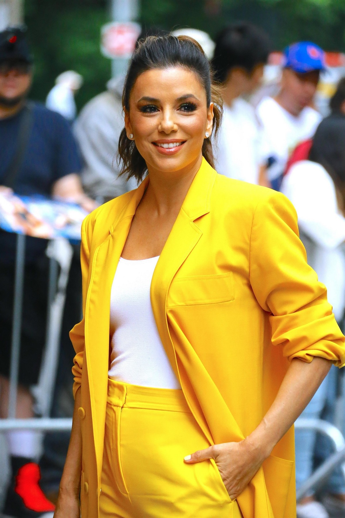 "Eva Longoria in Yellow Suit Outside ""View"" in New York City 2019/06/17 16"