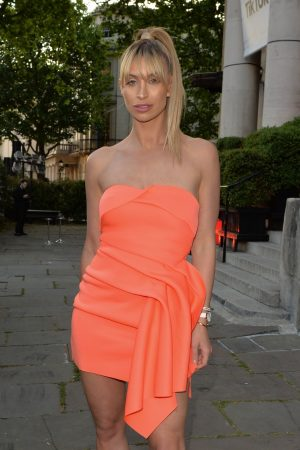 Ferne McCann in Orange Stylish Short Dress Out in London 2019/05/23 1