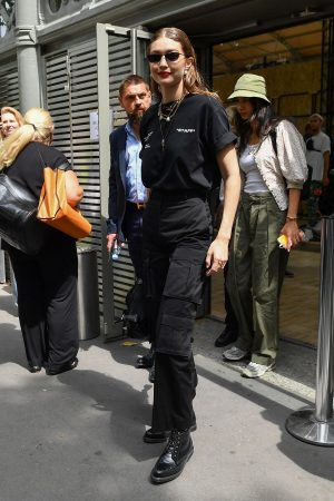 Gigi Hadid Outside for Off-White Menswear Spring Summer 2020 Show in Paris 2019/06/19 6