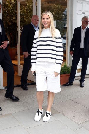 Gwyneth Paltrow leaves Westbourne Grove Opening of GOOP in London 2019/06/18 4