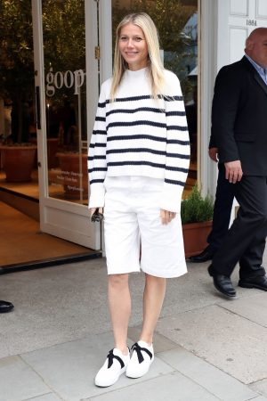 Gwyneth Paltrow leaves Westbourne Grove Opening of GOOP in London 2019/06/18 6