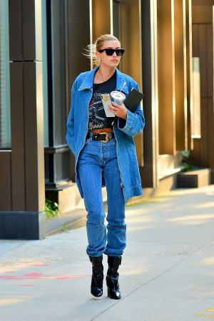 Hailey Baldwin in Double Denim Out in New York City 2019/06/22 2