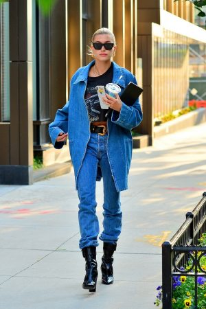 Hailey Baldwin in Double Denim Out in New York City 2019/06/22 5