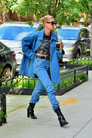 Hailey Baldwin in Double Denim Out in New York City 2019/06/22 12