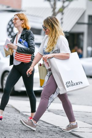 Hilary Duff with her friend Out for Shopping in Studio City 2019/06/18 5