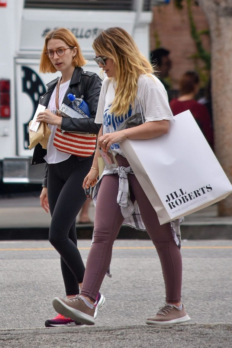 Hilary Duff with her friend Out for Shopping Trip in Studio City 2019/06/18 2