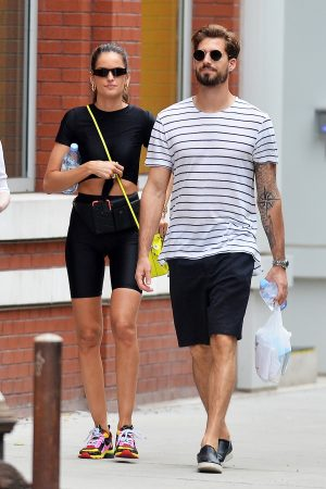 Izabel Goulart and Kevin Trapp after a workout in New York City 2019/06/17 1