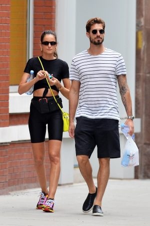 Izabel Goulart and Kevin Trapp after a workout in New York City 2019/06/17 6