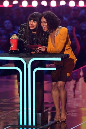 Jameela Jamil and Mj Rodriguez 2019 MTV Movie & TV Awards at the Barker Hanga 2019/06/15 1