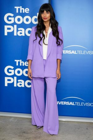 """Jameela Jamil attends """"The Good Place"""" Event in Los Angeles 2019/06/17 3"""