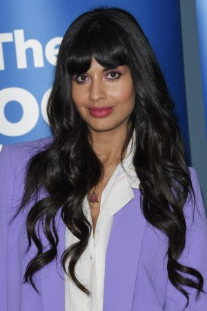 """Jameela Jamil attends """"The Good Place"""" Event in Los Angeles 2019/06/17 7"""