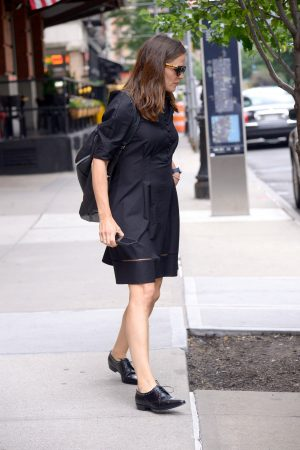 Jennifer Garner in Black Dress Out in New York 2019/06/17 3