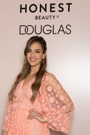 Jessica Alba attends Meet & Greet Event of the Honest Beauty line at Douglas in Milan 2019/06/20 3
