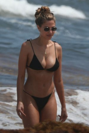 Kara Del Toro in Bikini Candids at a Beach in Tulum 2019/06/20 4