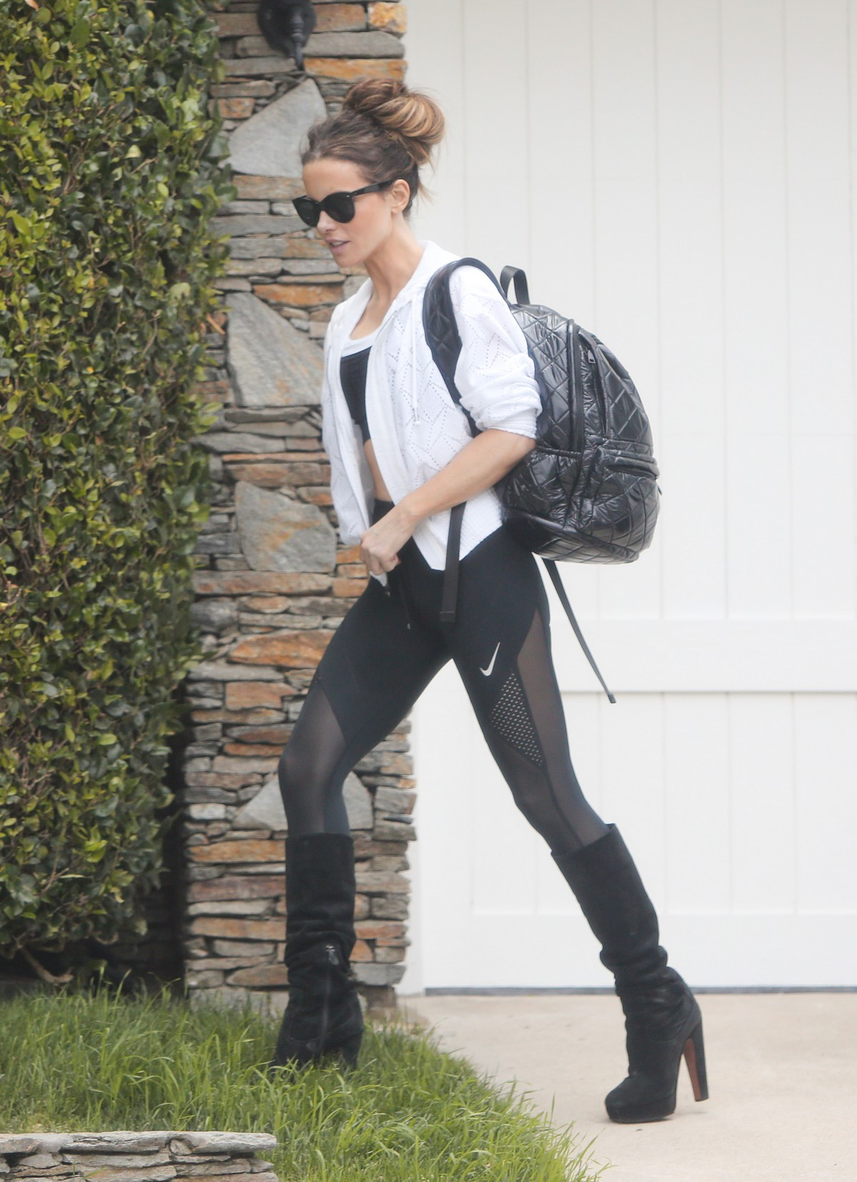 Kate Beckinsale in Black Tights Out for the gym in Los Angeles 2019/06/20 2
