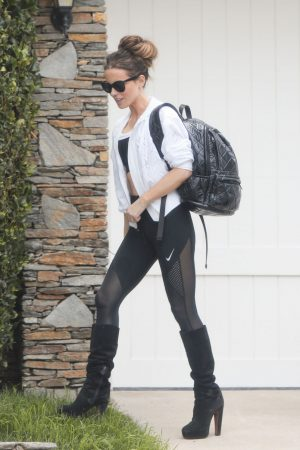 Kate Beckinsale in Black Tights Out for the gym in Los Angeles 2019/06/20 6