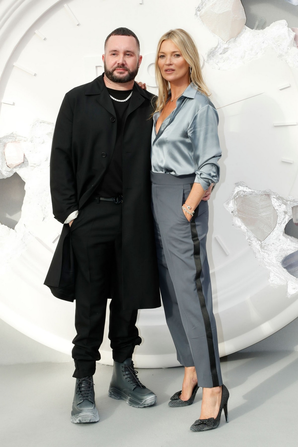 Kate Moss and Kim Jones attends Dior Homme Menswear Spring Summer 2020 Show in Paris 2019/06/21 3