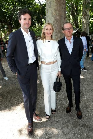 Kelly Rutherford arrives Berluti Menswear Spring Summer 2020 Show in Paris 2019/06/21 1