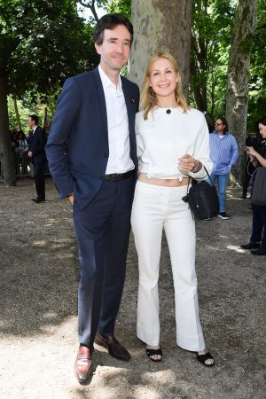 Kelly Rutherford arrives Berluti Menswear Spring Summer 2020 Show in Paris 2019/06/21 2