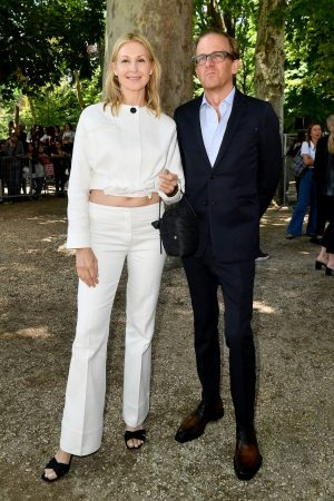 Kelly Rutherford arrives Berluti Menswear Spring Summer 2020 Show in Paris 2019/06/21 4