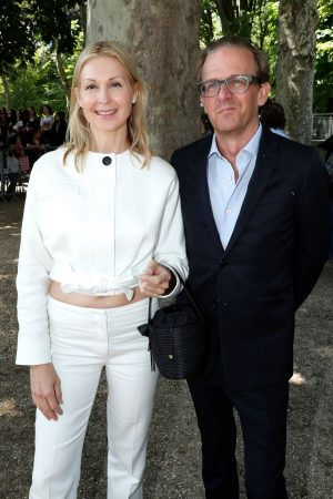 Kelly Rutherford arrives Berluti Menswear Spring Summer 2020 Show in Paris 2019/06/21 8