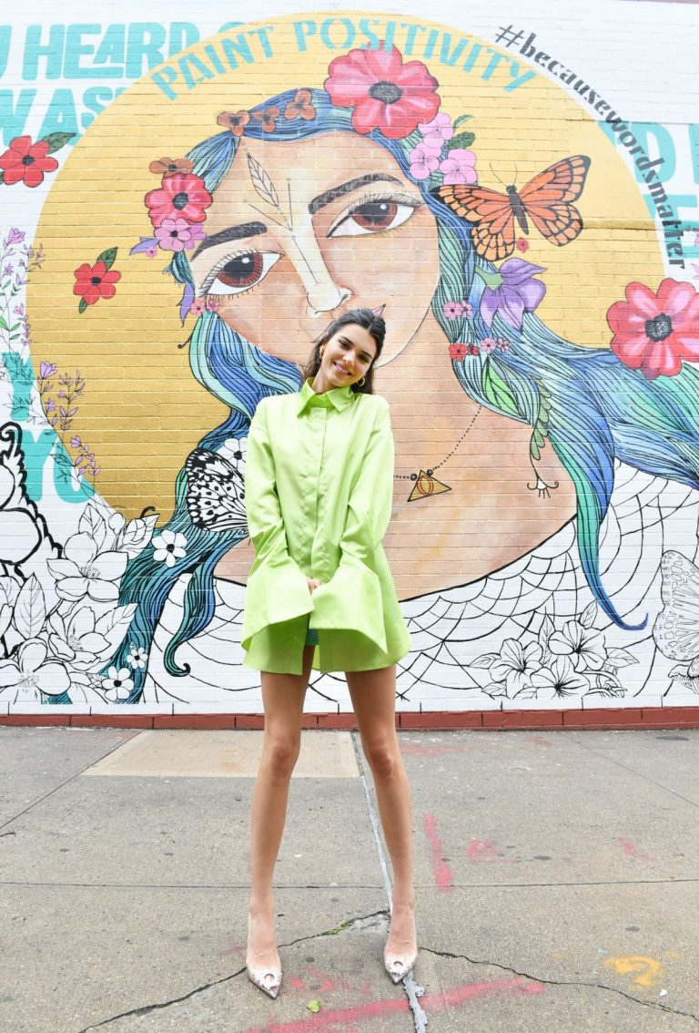 Kendall Jenner attends #PaintPositivity #BecauseWordsMatter in Williamsburg 2019/06/20 3