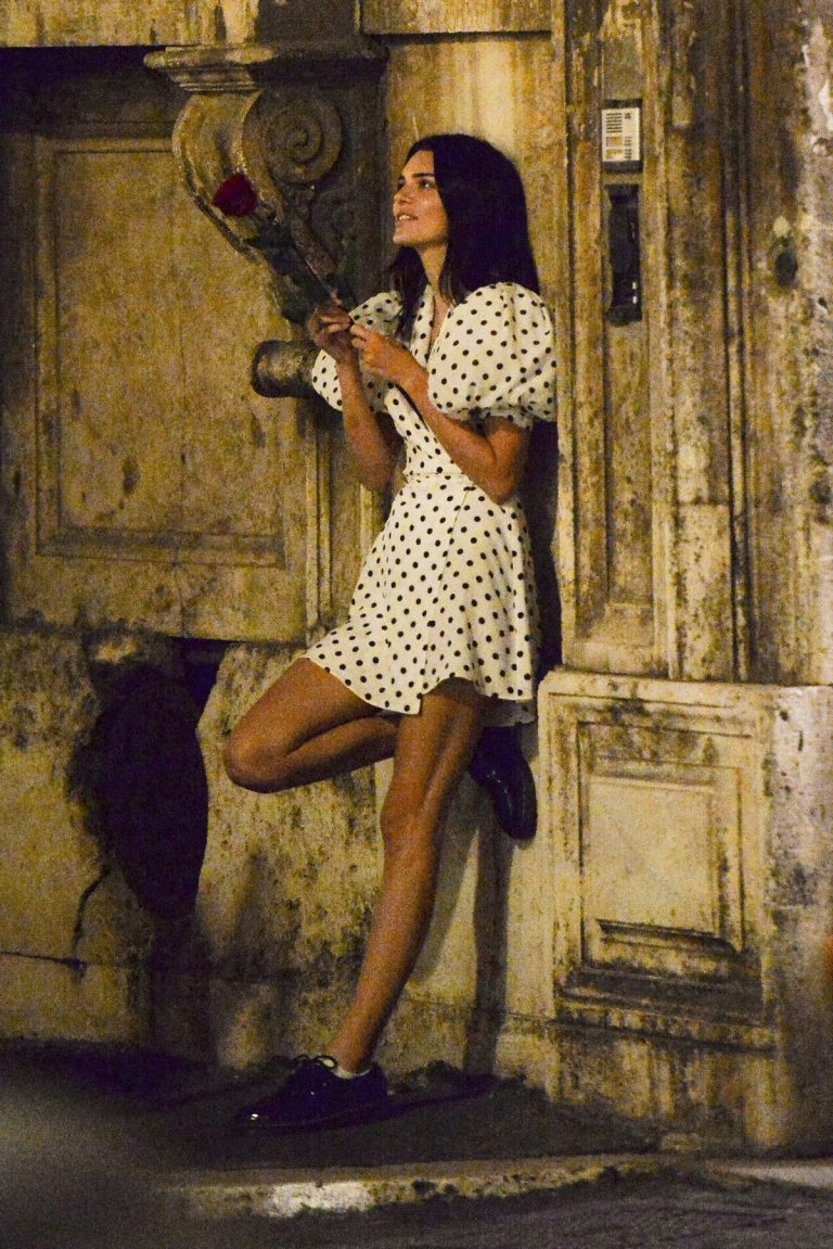Kendall Jenner in Black Dotted Short Dress Out and About in Rome 2019/06/04 4