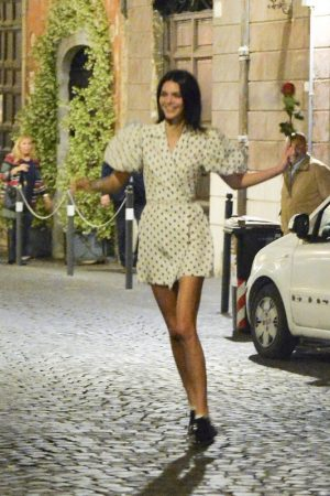 Kendall Jenner in Black Dotted Short Dress Out and About in Rome 2019/06/04 6