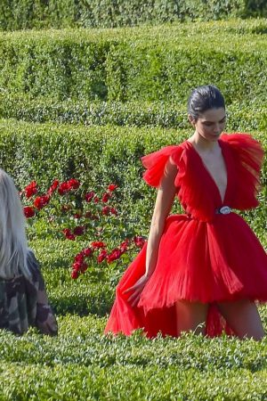 Kendall Jenner in Red Dress Outside Photoshoot in Rome 2019/06/04 2