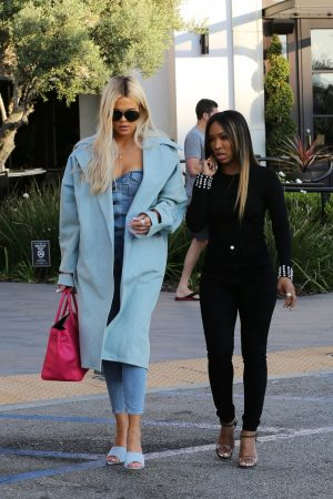 Khloe Kardashian and Malika Haqq Out for a studio in Los Angeles 2019/06/19 5