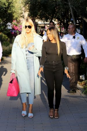 Khloe Kardashian and Malika Haqq Out for a studio in Los Angeles 2019/06/19 7