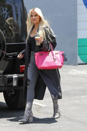 Khloe Kardashian in Black Tank Top with Long Coat Out of a Calabasas Studio 2019/06/17 2