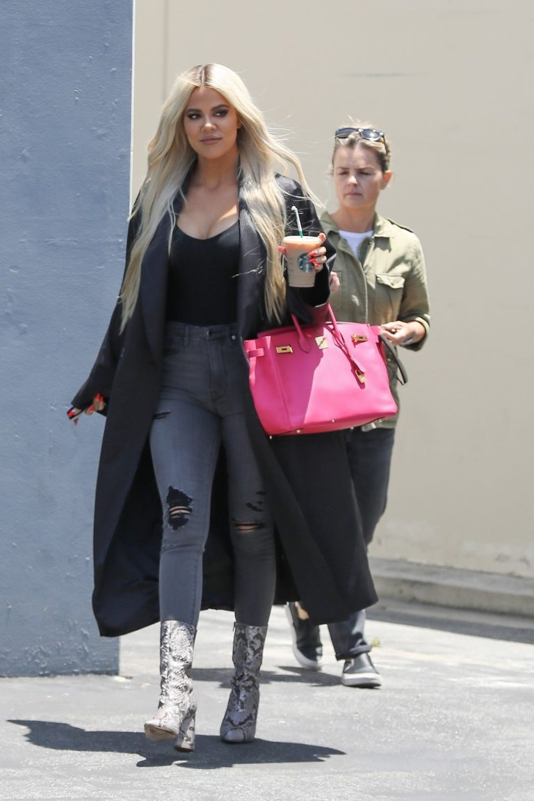 Khloe Kardashian in Black Tank Top with Long Coat Out of a Calabasas Studio 2019/06/17 6