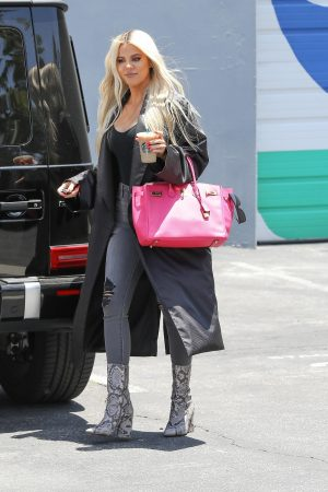 Khloe Kardashian in Black Tank Top with Long Coat Out of a Calabasas Studio 2019/06/17 10