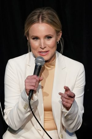 """Kristen Bell attends """"The Good Place"""" FYC Event in Los Angeles 2019/06/17 10"""