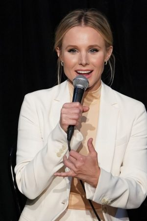 """Kristen Bell attends """"The Good Place"""" FYC Event in Los Angeles 2019/06/17 20"""