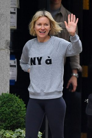 Naomi Watts in Sweatshirt and Tights Out in New York 2019/06/18 1