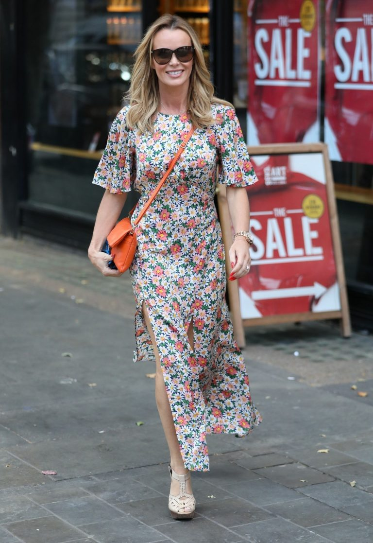 Amanda Holden flashes her legs in Floral Dress Out in London 2019/07/01 1