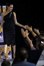 Angelina Jolie arrives for the Marvel panel in Hall H of the Convention Center in San Diego 2019/07/20 3