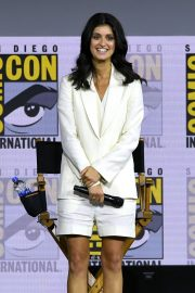 """Anya Chalotra attends 2019 Comic-Con International - """"The Witcher"""": A Netflix Original Series Panel 2019/07/19 1"""