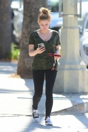 Ariel Winter in Olive Green T-Shirt and Black Denim Out and About in Los Angeles 2019/07/03 3
