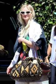 Ashlee Simpson in Black Large Top and White Pants Out in Los Angeles 07/18/2019 1