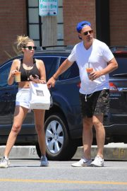 Ashley Benson and Derek Beckman leaves lunch with a friend at Joan's on Third in Studio City 2019/07/12 3