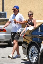 Ashley Benson and Derek Beckman leaves lunch with a friend at Joan's on Third in Studio City 2019/07/12 20