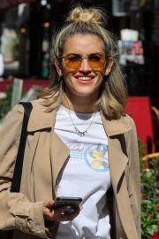 Ashley Roberts Leaves Global Radio After Heart FM Breakfast Show in London 2019/06/27 5
