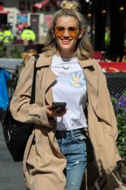 Ashley Roberts Leaves Global Radio After Heart FM Breakfast Show in London 2019/06/27 10